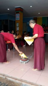 Dusum-Sangje-Prayer-and-Fire-Purifying-04
